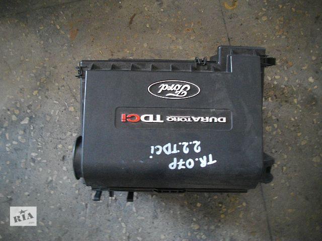 купить бу Б/у корпус воздушного фильтра для легкового авто Ford Transit 2007 в Львове