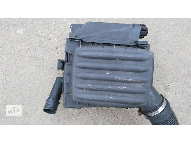 продам Б/у корпус воздушного фильтра для легкового авто Opel Combo B Corsa B бу в Умани
