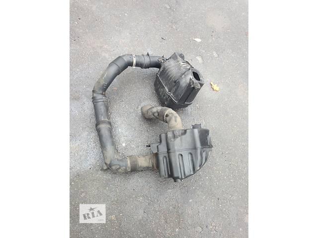 продам Б/у корпус воздушного фильтра для легкового авто Volkswagen Caddy бу в Луцке