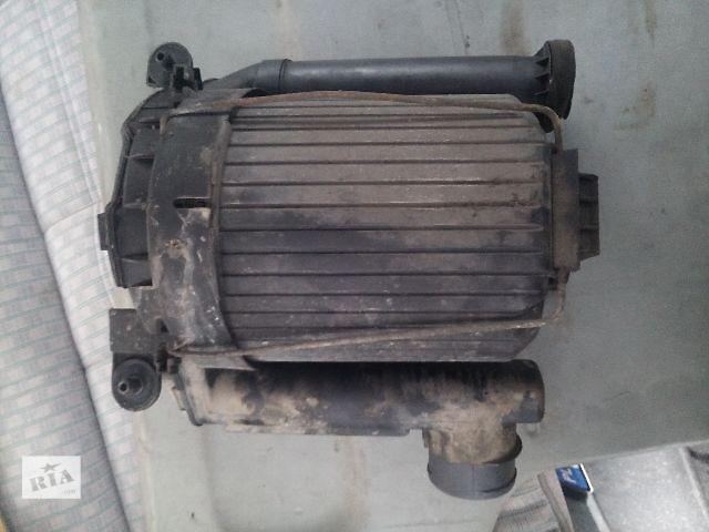 продам Б/у корпус воздушного фильтра для легкового авто Volkswagen T4 (Transporter) 2.4D бу в Ковеле