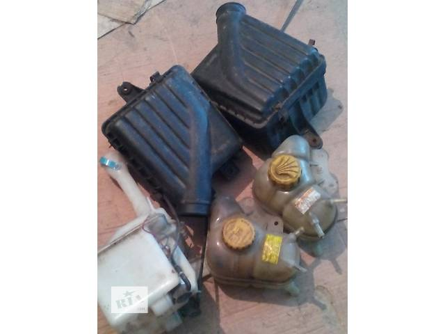 продам Б/у корпус воздушного фильтра для минивена Daewoo Lanos бу в Киеве