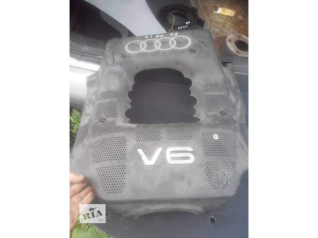 бу Б/у ковёр багажника для легкового авто Audi A6 в Львове