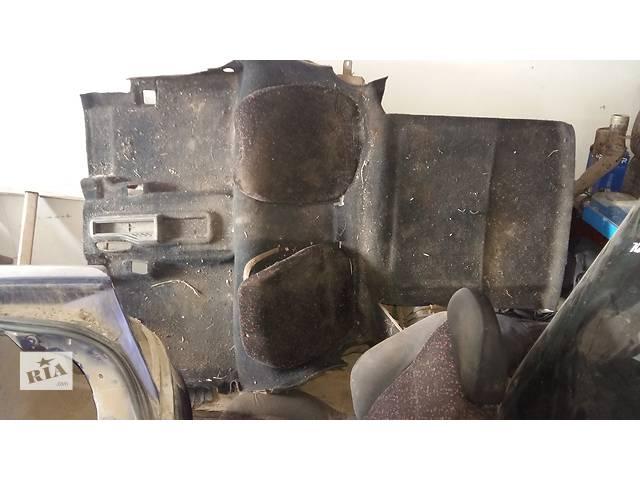продам Б/у ковёр салона для купе Opel Tigra бу в Ровно