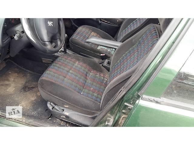 бу Б/у ковёр салона для легкового авто Peugeot 306 в Ровно