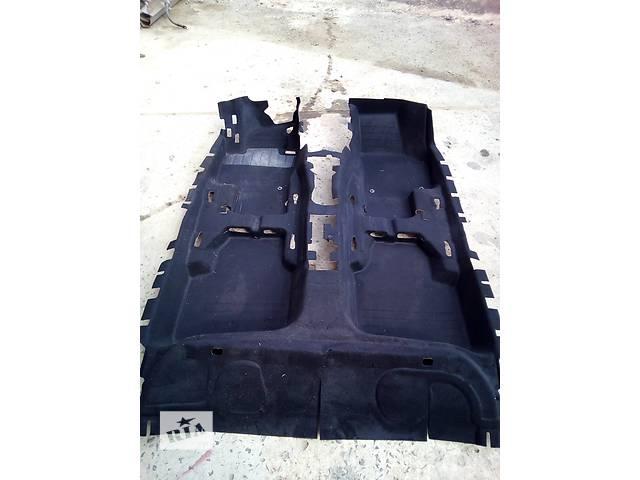 купить бу Б/у ковёр салона для легкового авто Skoda SuperB в Луцке