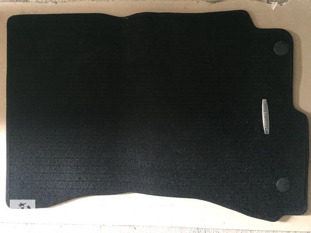 Б/у ковёр салона для седана Mercedes S 550 2008- объявление о продаже  в Черновцах