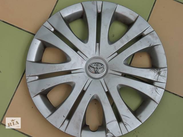 продам Б/у ковпак на диск для легкового авто Toyota бу в Львове