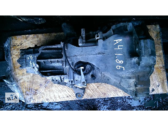 купить бу Б/у кпп для легкового авто Audi A4 1.6 в Житомире