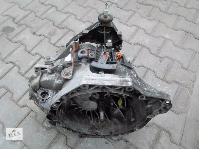 купить бу Б/у кпп для легкового авто Renault Master 2.5-2.8 в Луцке