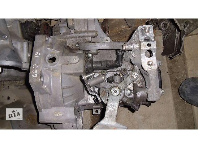 купить бу Б/у кпп для легкового авто Volkswagen Jetta 2007 1.9    GQQ в Коломые