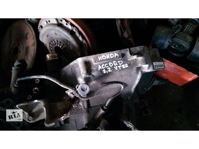 купить бу Б/у кпп для седана Honda Accord 1998 2.2 VTEC M2X5 в Житомире
