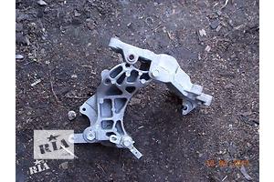 б/у Кронштейны Mitsubishi Lancer X