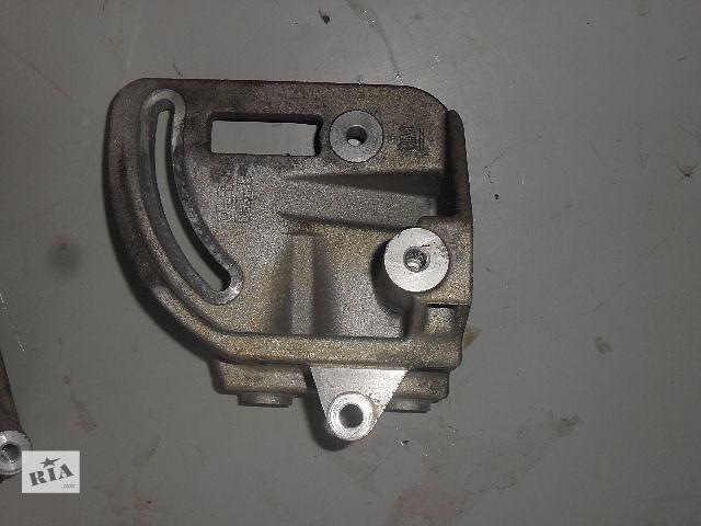 продам Б/у Кронштейн генератора для легкового авто Chevrolet Spark 1.0 бу в Ровно