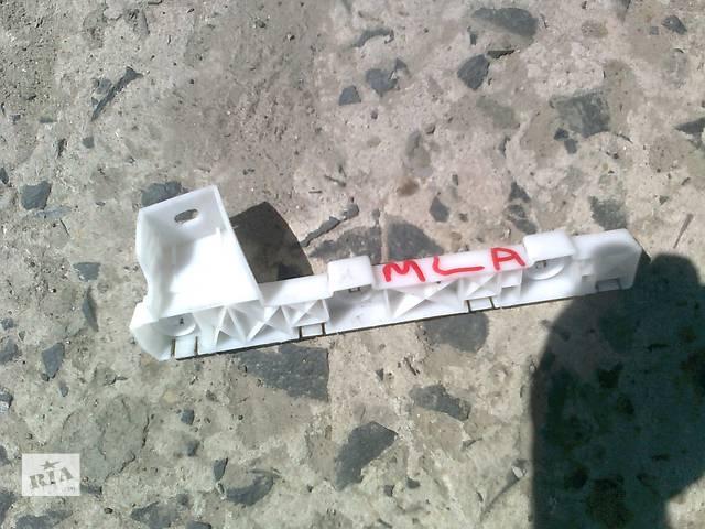 продам Б/у кронштейн крыла для легкового авто Mitsubishi Lancer X бу в Ровно