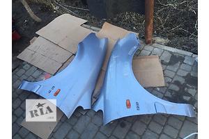б/у Крылья передние Hyundai Trajet