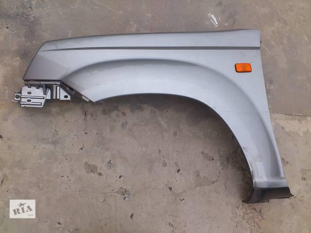 купить бу Б/у крыло переднее для кроссовера Nissan X-Trail в Ровно