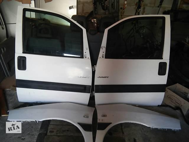 Б/у крыло переднее для легкового авто Citroen Jumpy- объявление о продаже  в Костополе