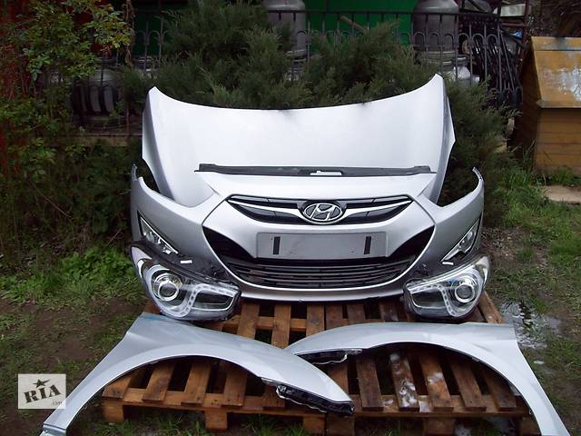 купить бу Б/у крыло переднее для легкового авто Hyundai i40 в Львове