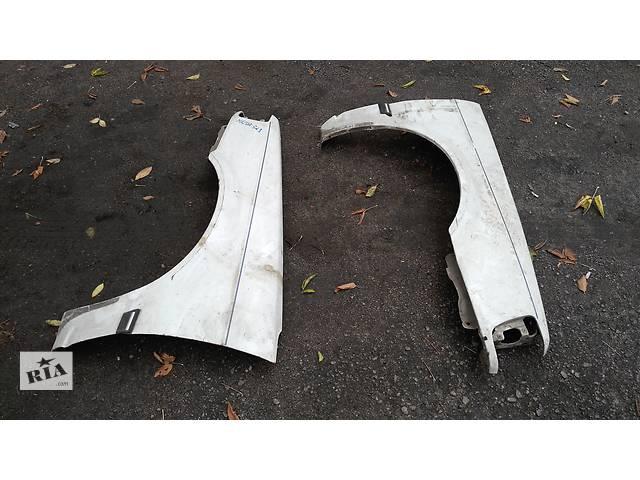 купить бу Б/у крыло переднее для легкового авто Mazda 323 BF в Умани