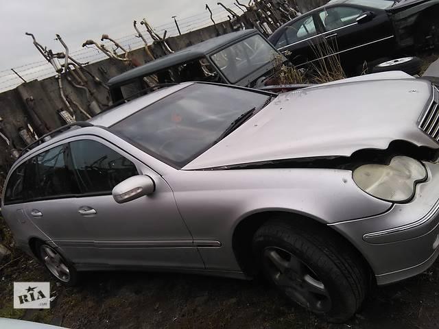 продам Б/у крыло переднее для легкового авто Mercedes C-Class бу в Львове