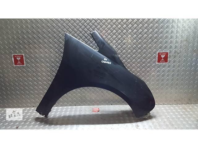 Б/у крыло переднее для легкового авто Mitsubishi Grandis- объявление о продаже  в Ровно