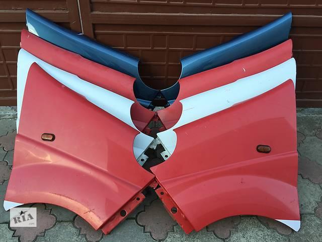продам Б/у крыло переднее для легкового авто Opel Vivaro бу в Ковеле