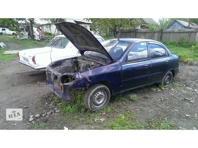 купить бу Б/у крыло переднее для седана Daewoo Lanos 2006 в Запорожье
