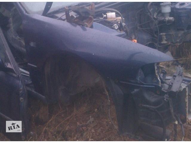 купить бу Б/у крыло переднее для седана Honda Accord CC7 1993-1995 в Киеве