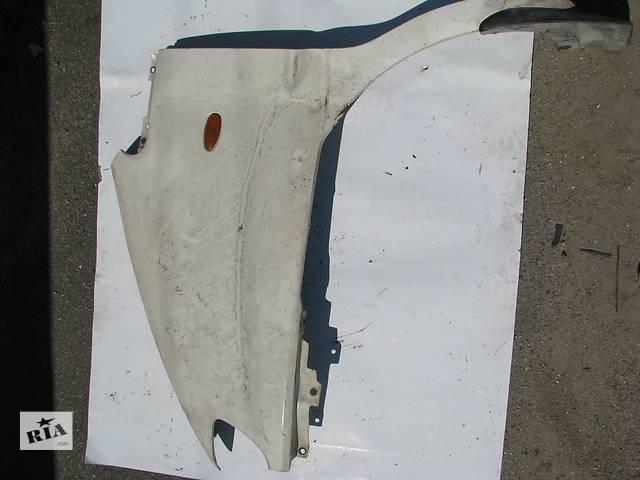 купить бу Б/у крыло переднее л Hyundai H1 2003 в Броварах