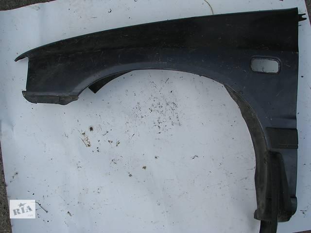 купить бу Б/у крыло переднее л Daihatsu Charade 1990 в Броварах