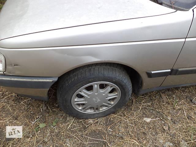 продам Б/у крыло переднее правое и левое для седана Peugeot 405 1987-1993г бу в Николаеве