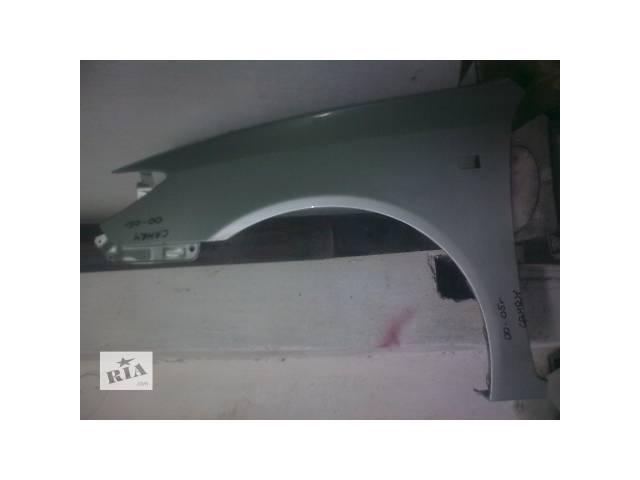 продам Б/у крыло переднее Toyota Camry бу в Киеве