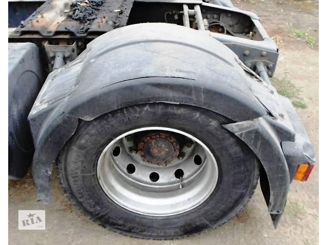 купить бу Б/у крыло заднее для грузовика Renault Magnum DXI Рено Магнум 440 2005г Evro3 в Рожище