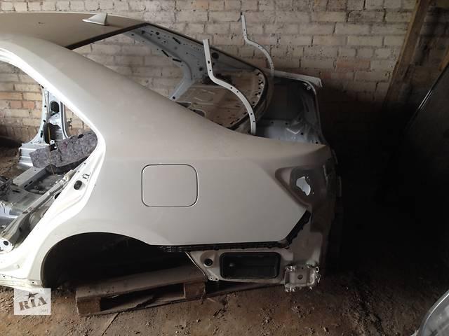 купить бу Б/у крыло заднее для легкового авто Toyota Camry  50 55 в Киеве