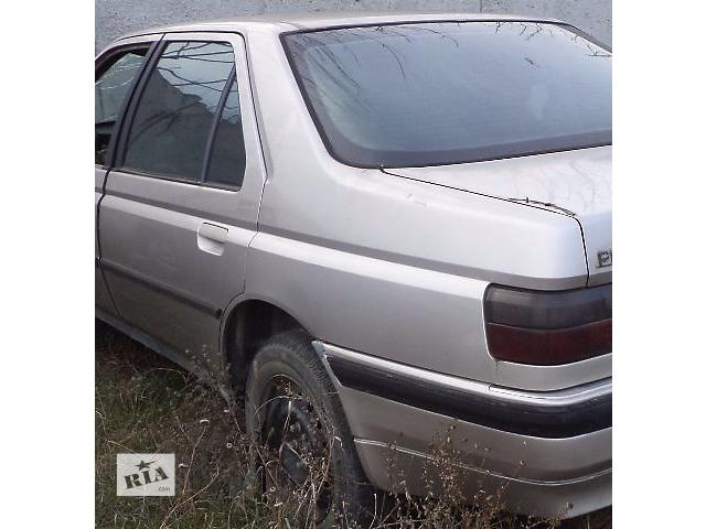 купить бу Б/у крыло заднее для седана Peugeot 605 1993 в Киеве