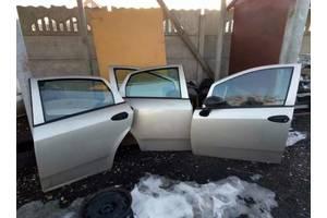 б/у Четверть автомобиля Fiat Linea