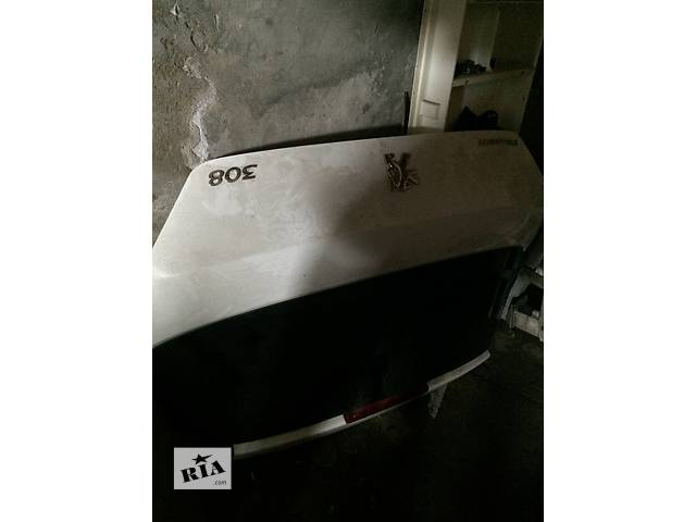 купить бу Б/у крышка багажника для хэтчбека Peugeot 308 в Николаеве