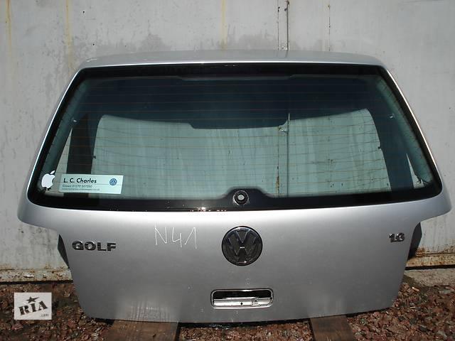 купить бу Б/у крышка багажника для хэтчбека Volkswagen Golf IV в Киеве