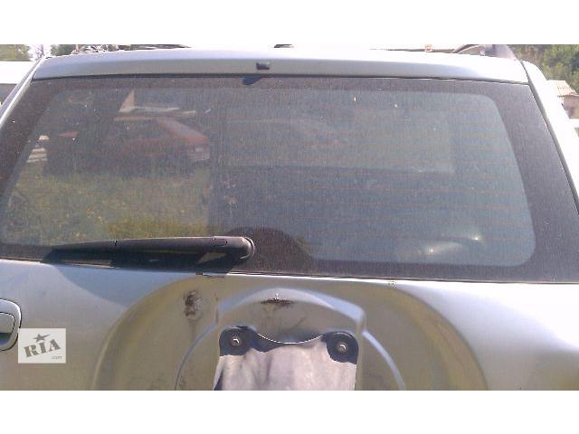 продам Б/у стекло крышки багажника для кроссовера Toyota Rav 4 2004 бу в Киеве