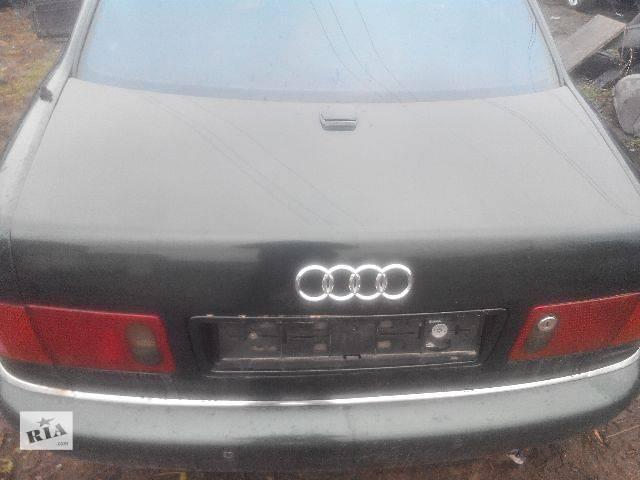 купить бу Б/у крышка багажника для легкового авто Audi A8 2000 в Львове