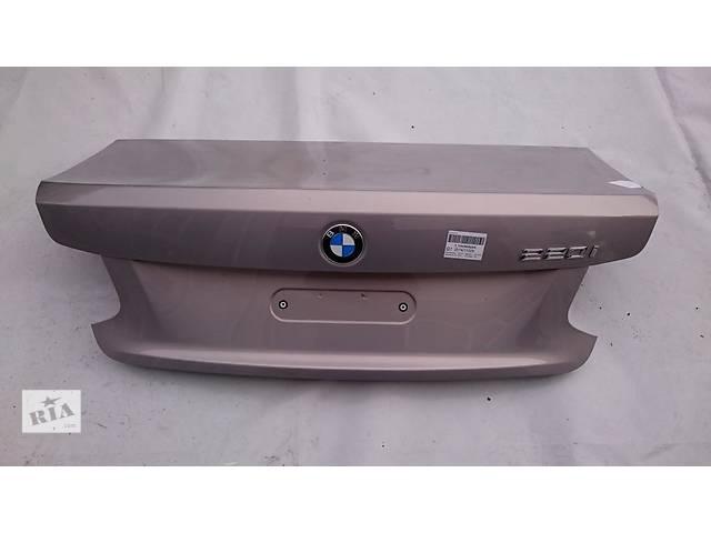 продам Б/у крышка багажника для легкового авто BMW 2 Series F22 F23 бу в Львове