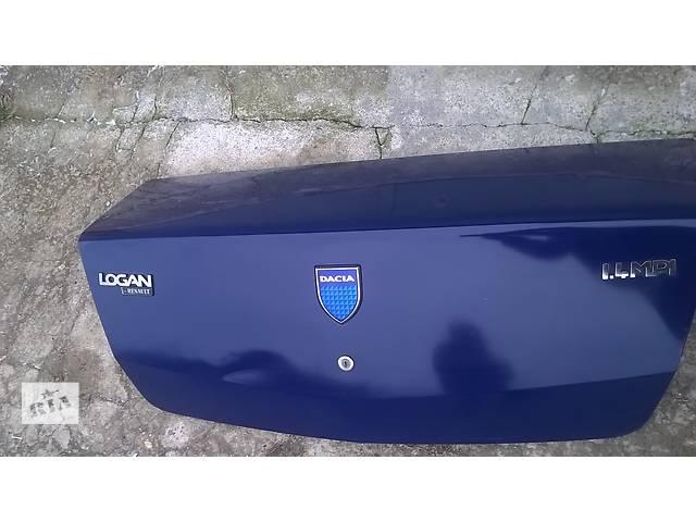 продам Б/у крышка багажника для легкового авто Dacia Logan бу в Ровно