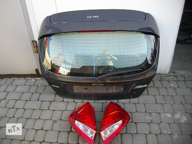 продам Б/у крышка багажника для легкового авто Ford Fiesta 2009 бу в Львове