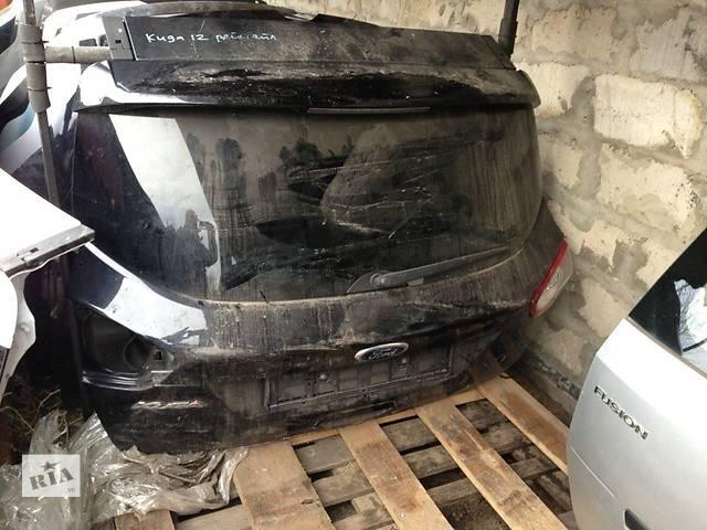 купить бу Б/у крышка багажника для легкового авто Ford Kuga в Киеве