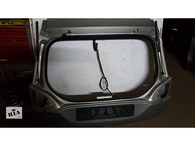 Б/у крышка багажника для легкового авто Ford Kuga- объявление о продаже  в Ровно