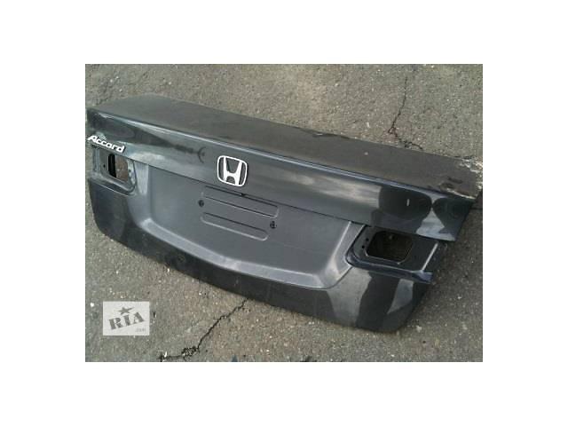 продам Б/у крышка багажника для легкового авто Honda Accord бу в Ровно