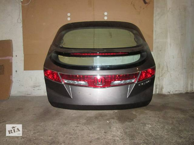 бу Б/у крышка багажника для легкового авто Honda Civic viii в Львове