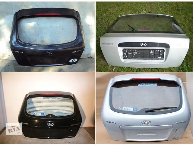 продам Б/у крышка багажника для легкового авто Hyundai Accent бу в Львове