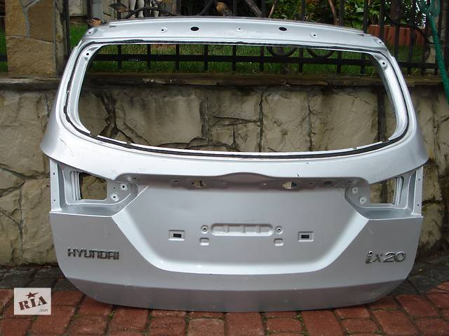 бу Б/у крышка багажника для легкового авто Hyundai IX20 в Львове