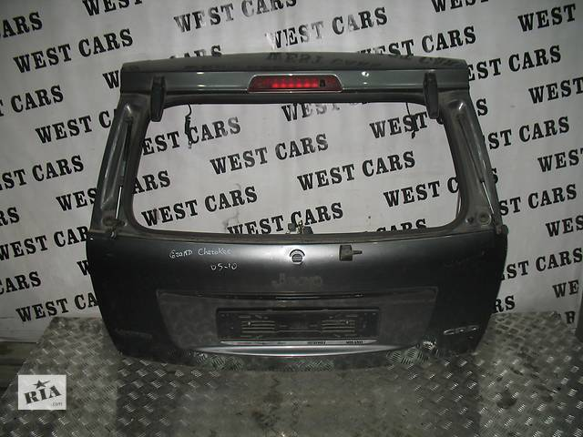 бу Б/у крышка багажника для легкового авто Jeep Grand Cherokee 2006 в Луцке